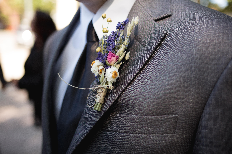 Accessori abito da sposo – La bottoniera