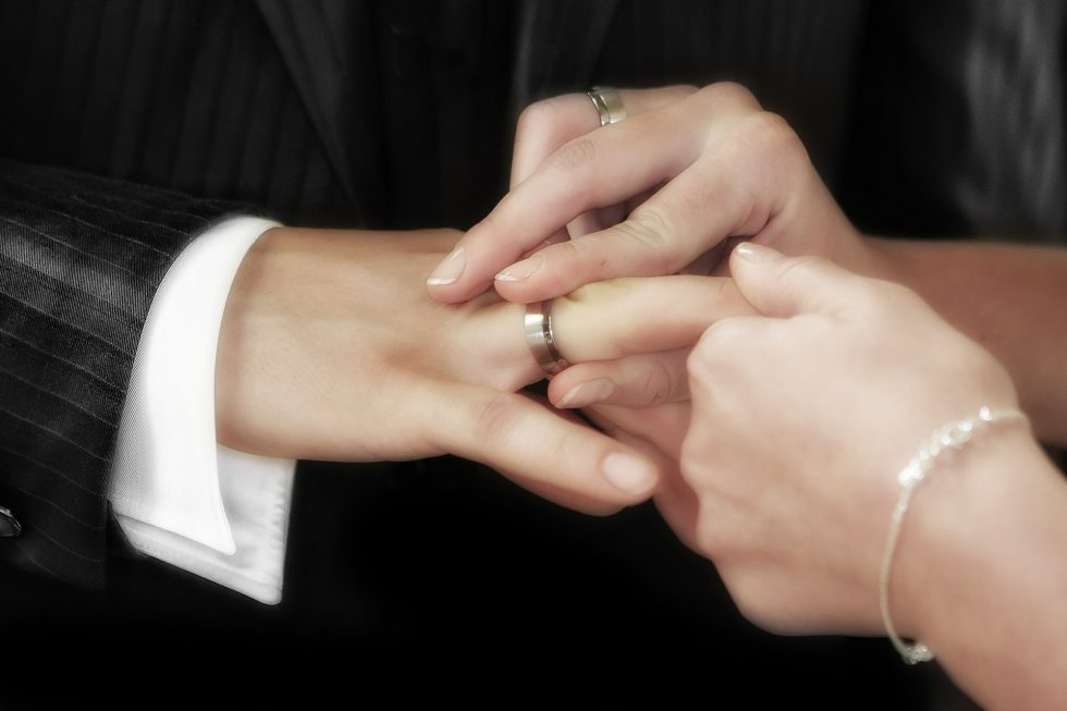 Mani ed unghie perfette per il giorno più bello : la